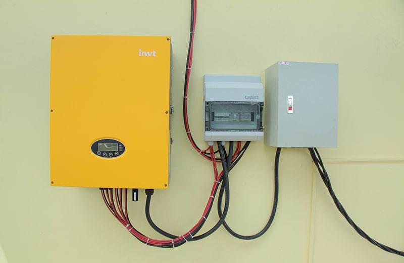 Lắp đặt điện mặt trời cho Trường học