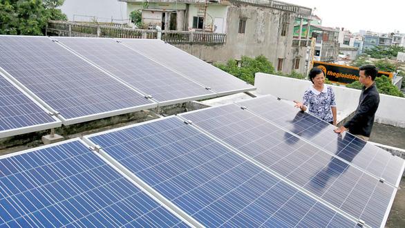 Điện mặt trời trên sân thượng